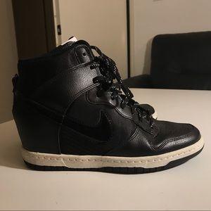 Nike Dunk Sky Hi Essential Black
